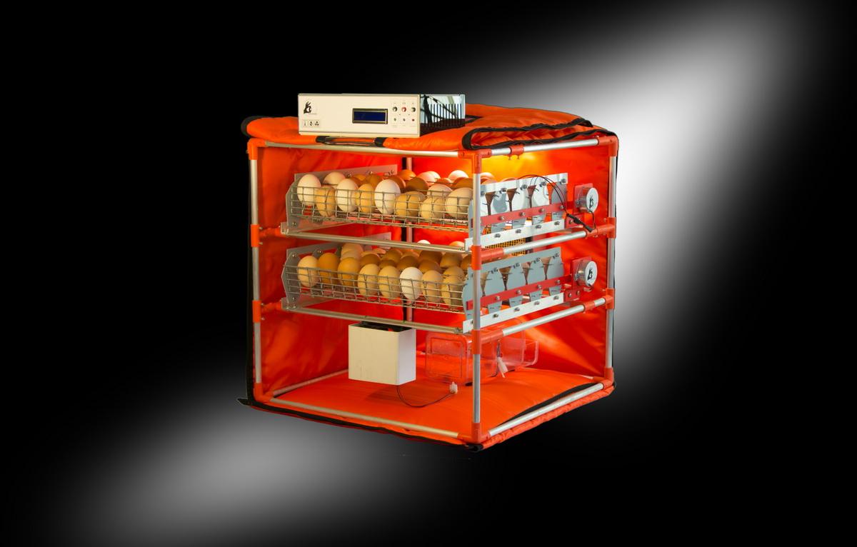 Mini Zoom 90 — Автоматический бытовой инкубатор на 90 яиц с увлажнителем