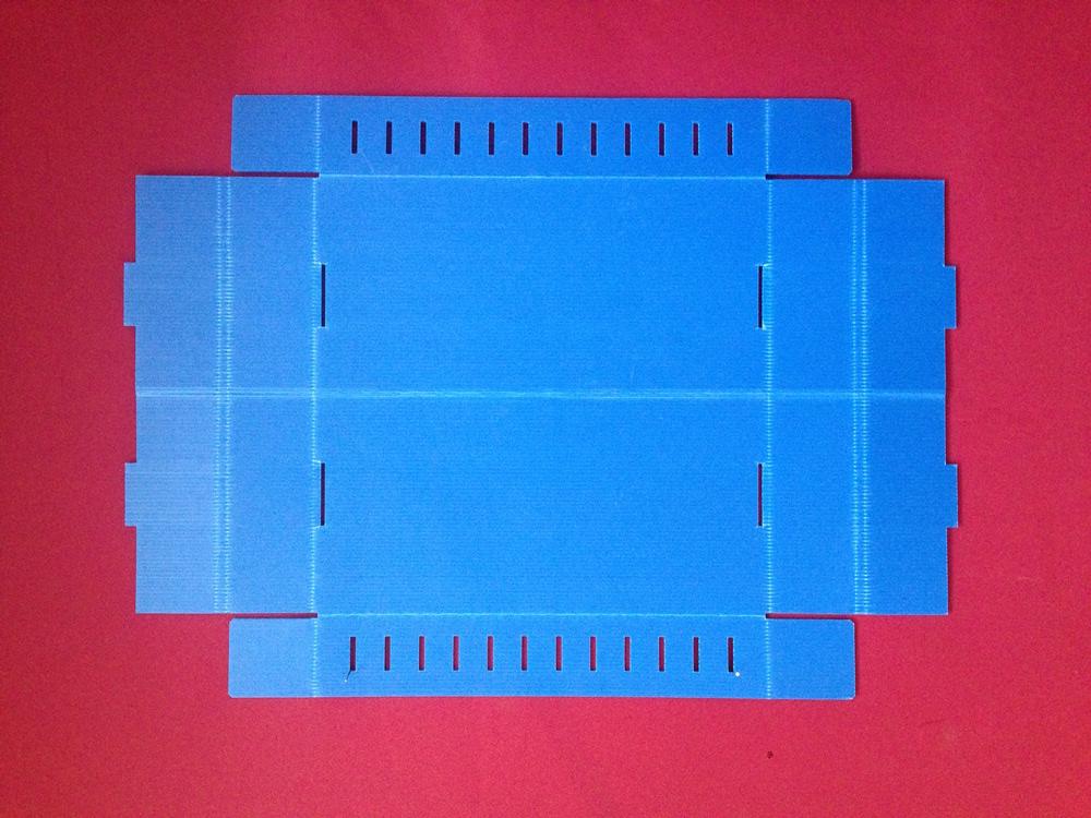 Inkubator taca wyjścia zamyślony Zoom